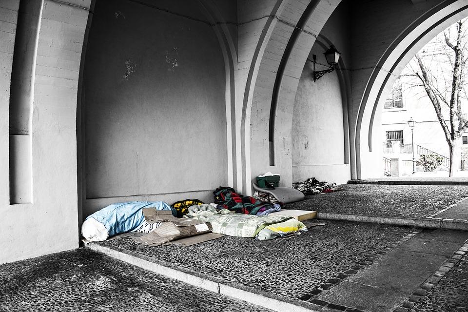 homeless-2090507_960_720