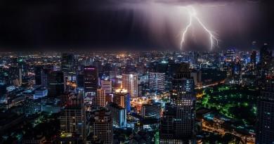 lightning-1082080_960_720
