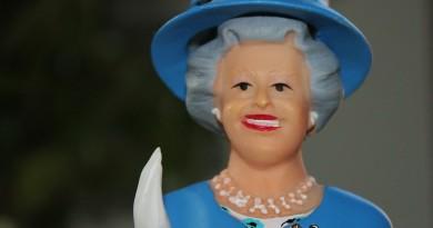 queen-595685_960_720