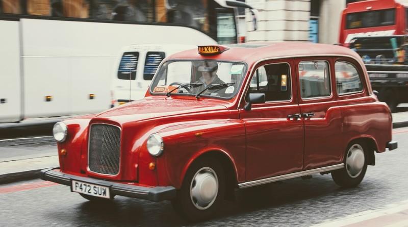 taxi-1932107_960_720