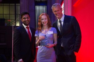 Iona is Moneyblogger of the Year at the 2016 Santander Media Awards!